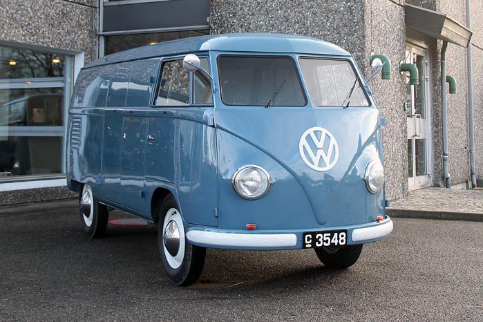 Verdens ældste kørende VW Transporter T1 Sofie nåede blandt andet at tjene en hattemager i Tyskland og vinde beundring og pokaler over det meste af Europa