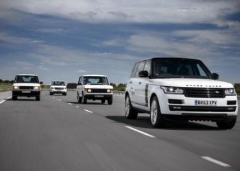 Familefotoet – det er ikke fordi Range Rover har væltet sig i forandring. Fire modeller over 45 år