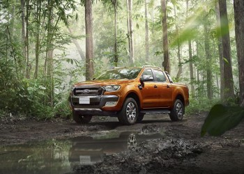 Den nye Ford Ranger Wildtrak skiller sig ud – med en ny lakering. Altså den er stadig orange, bare en ny orange