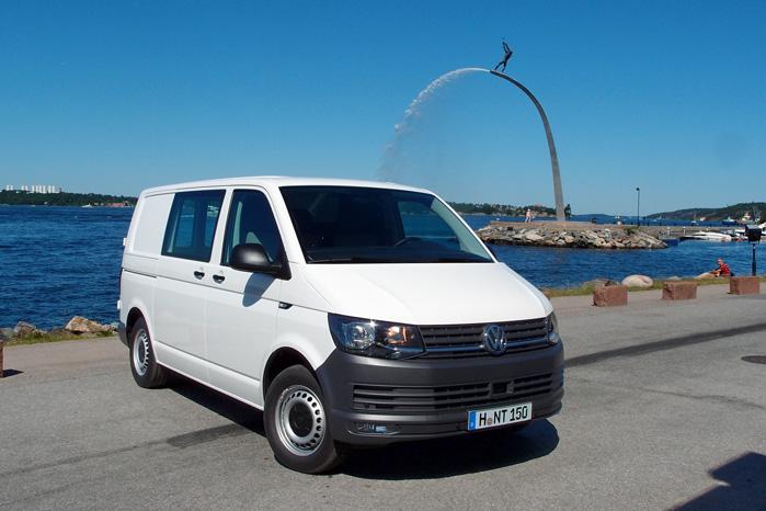 VW Transporter overhalede for en stund Ford Transit på førstepladsen af de danske salgslister
