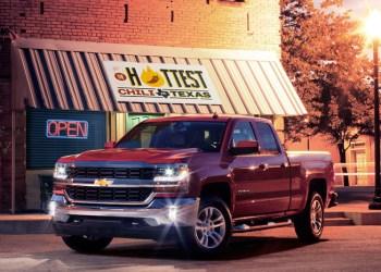 Chevrolet Silverado er en af modellerne, der kan fås med Proactive Alerts