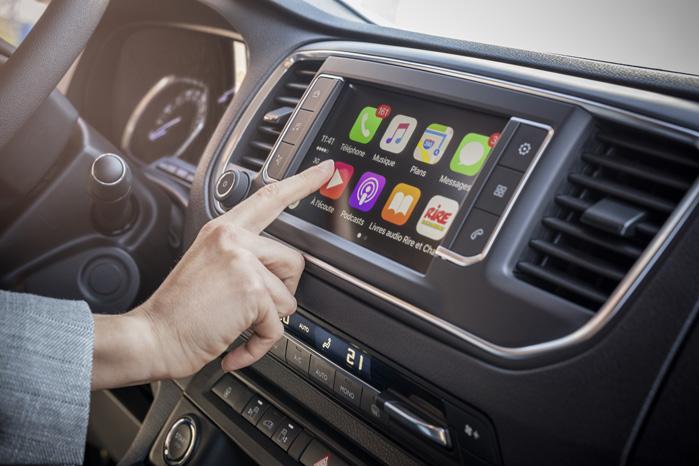 Muligheden for at styre flåden via Citroën/Peugeot Connect og Mirrorlink er godt nyt for blandt andet budtjenester