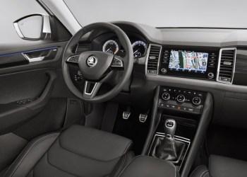 Kodiaq får et klassisk SUV-instrumentbord med lodrette flader og simpel betjening