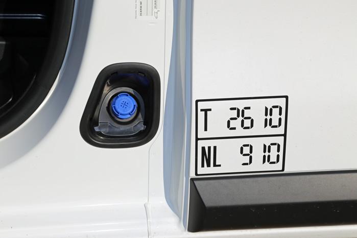 Alle motorer er Euro6-motorer, så du skal huske at efterfylde AdBlue for hver 15-20.000 km