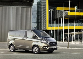 Den faceliftede Ford Transit Custom ventes lanceret tidligt næste år