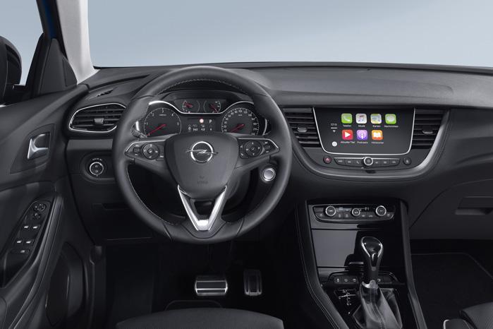 Infotainmentsystemet er Opels, men skærm og elektronik - inklusiv GPS - er fransk