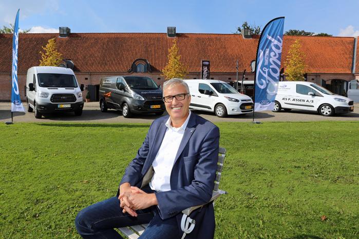 Salgschef i Ford Danmark, Frank Skærbæk, glæder sig, at Toyota og Peugeot uddanner erhvervssælgere