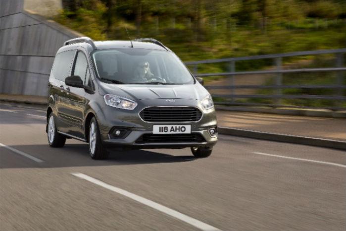 Ford Transit Courier får et facelift med bl.a. ny front, nye motorer og mere sikkerhed