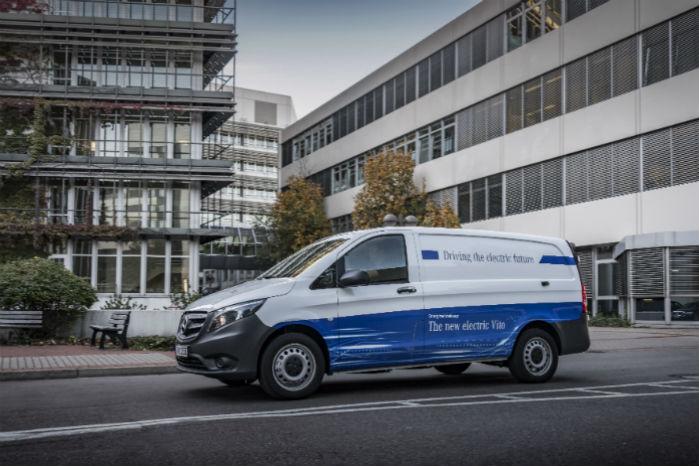 Mercedes sætter i de kommende år strøm på alle sine varebiler med eVito som den første