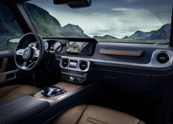 Mercedes-Benz G-klasse ventes introduceret i fjerde generation til næste år. Kabinen bliver mere komfortabel som det fornemmes af de første offentliggjorte billeder