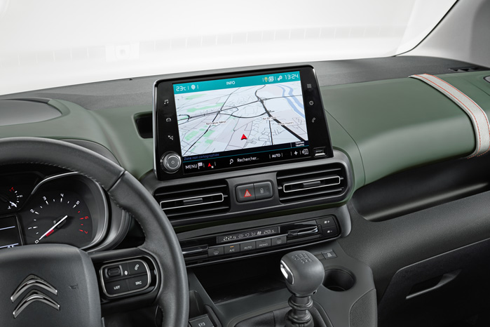 8-tommers touchskærm bliver næppe standard i varebilen