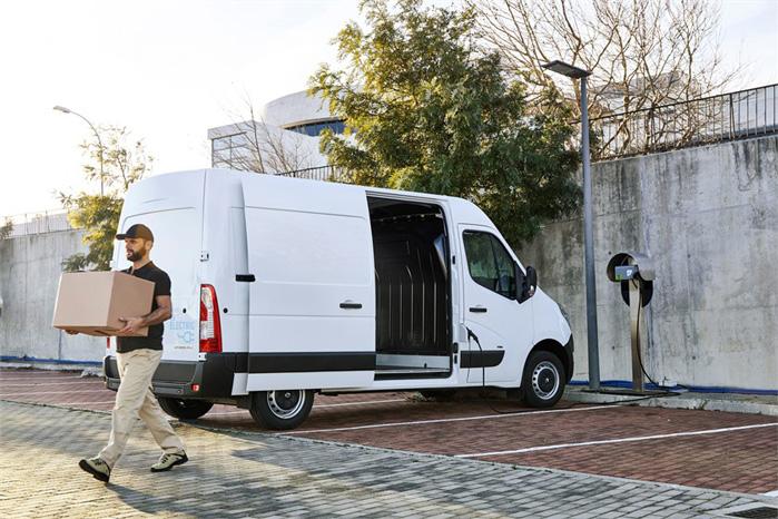 Lasteevnen er rimelig og spænder fra 975 til 1128 i kassevognene og 1355-1377 for chassis-modellerne