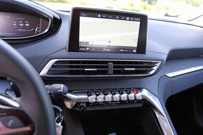 I Allure-versionen får du storskærm, navigation og Apple Carplay med i købet