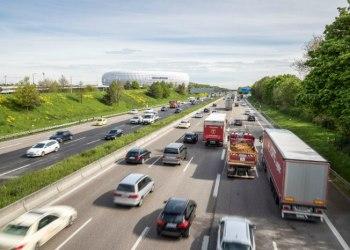 I løbet af de seneste ti år er der kommet 450.000 flere personbiler på vejene i Danmark. Foto: Audi