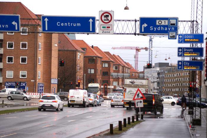 De fem største byer i Danmark får mulighed for at stramme de nuværende miljøkrav, så dieseldrevne busser, lastbiler og varebiler skal leve op til de nyeste standarder