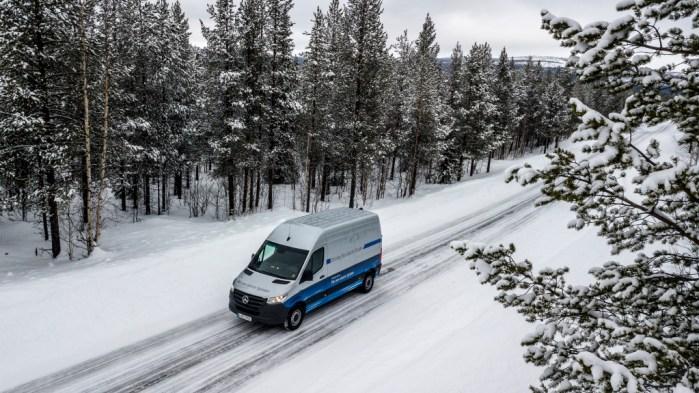 Wintererprobung Mercedes-Benz eSprinter in Schweden Winter trials Mercedes-Benz eSprinter in Sweden