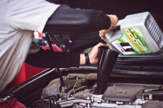 Vælg den rette motorolie