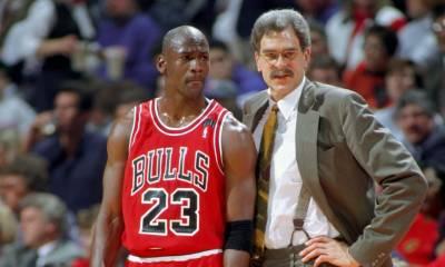El maestro del maestro: Phil Jackson junto a Michael Jordan en su estadía con los Chicago Bulls, en donde consiguió seis anillos de la NBA.