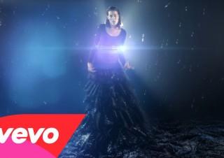 Ella On The Run – Star Lion