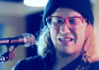 Allen Stone – Unaware (Live)
