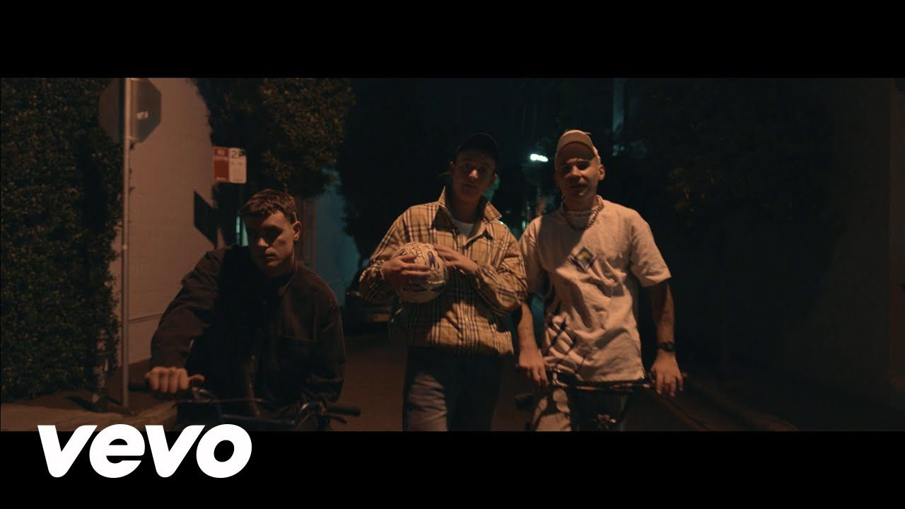DMA's – In The Moment