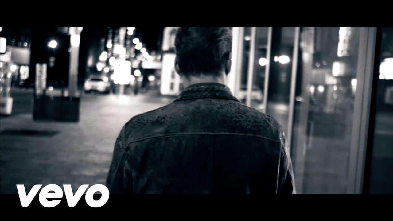 David Arn – Keeping My Distance