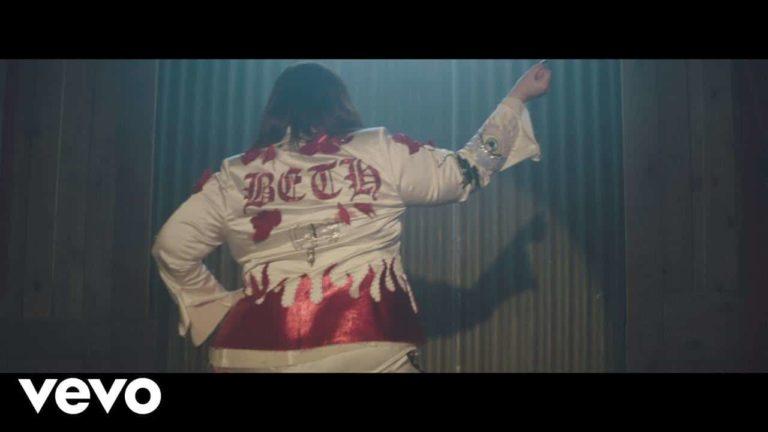 Beth Ditto – Fire