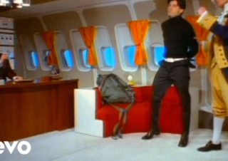 Beastie Boys – Body Movin' feat. Fatboy Slim