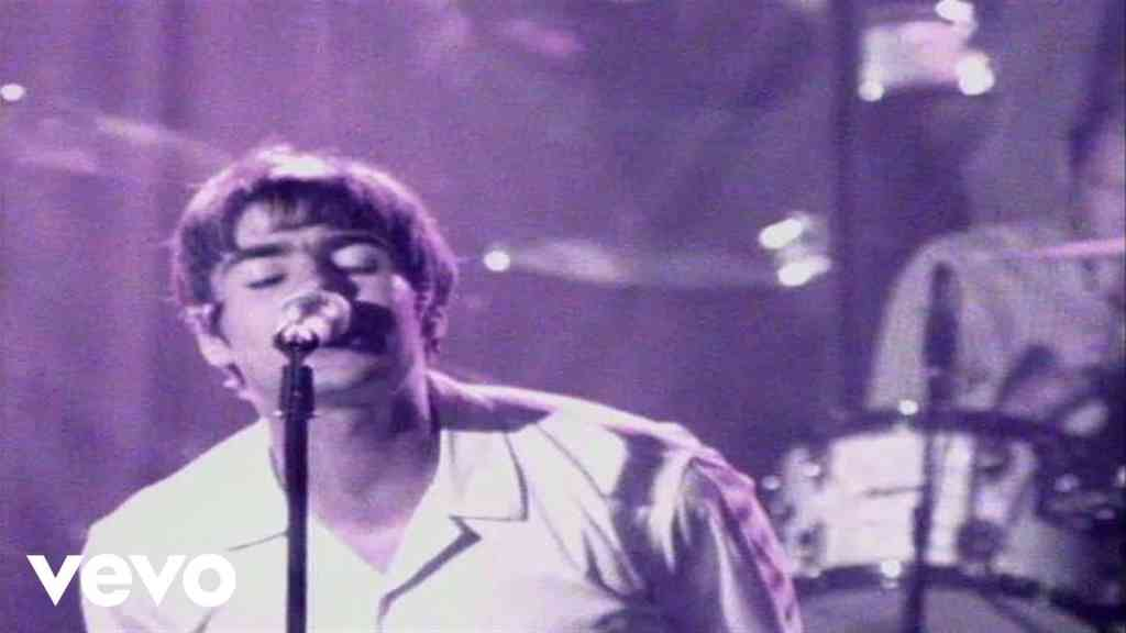 Oasis – Roll With It