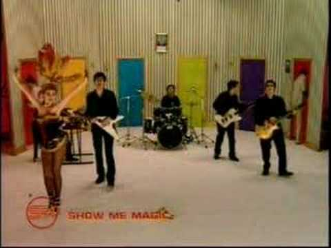 Super Furry Animals – God! Show Me Magic