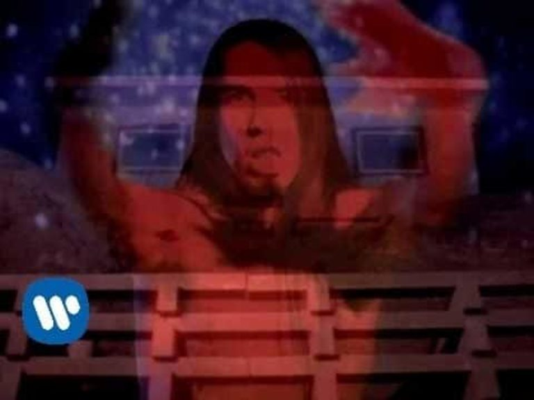 Red Hot Chili Peppers – Under The Bridge