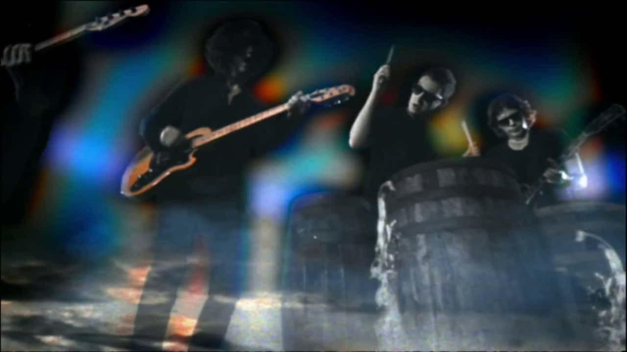 Arctic Monkeys – Crying Lightning