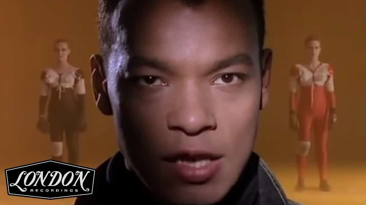 Fine Young Cannibals – She Drives Me Crazy