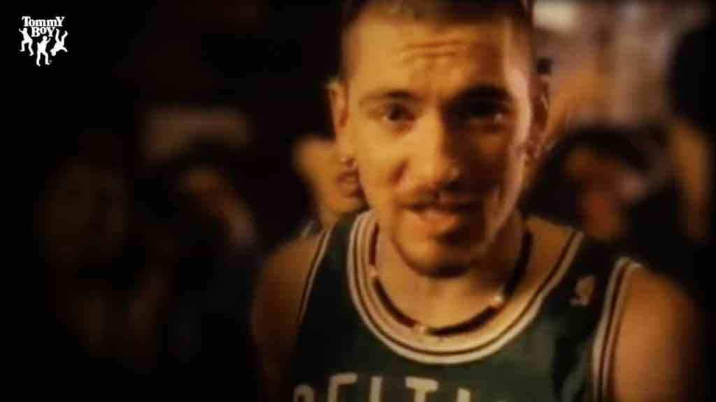 House of Pain – Jump Around