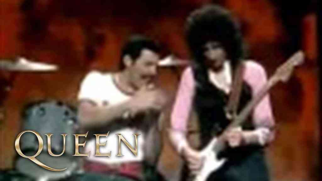 Queen – Play The Game
