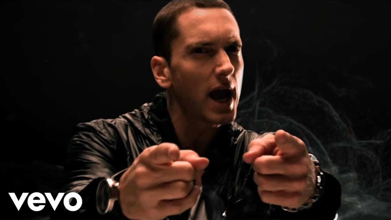 Eminem – No Love