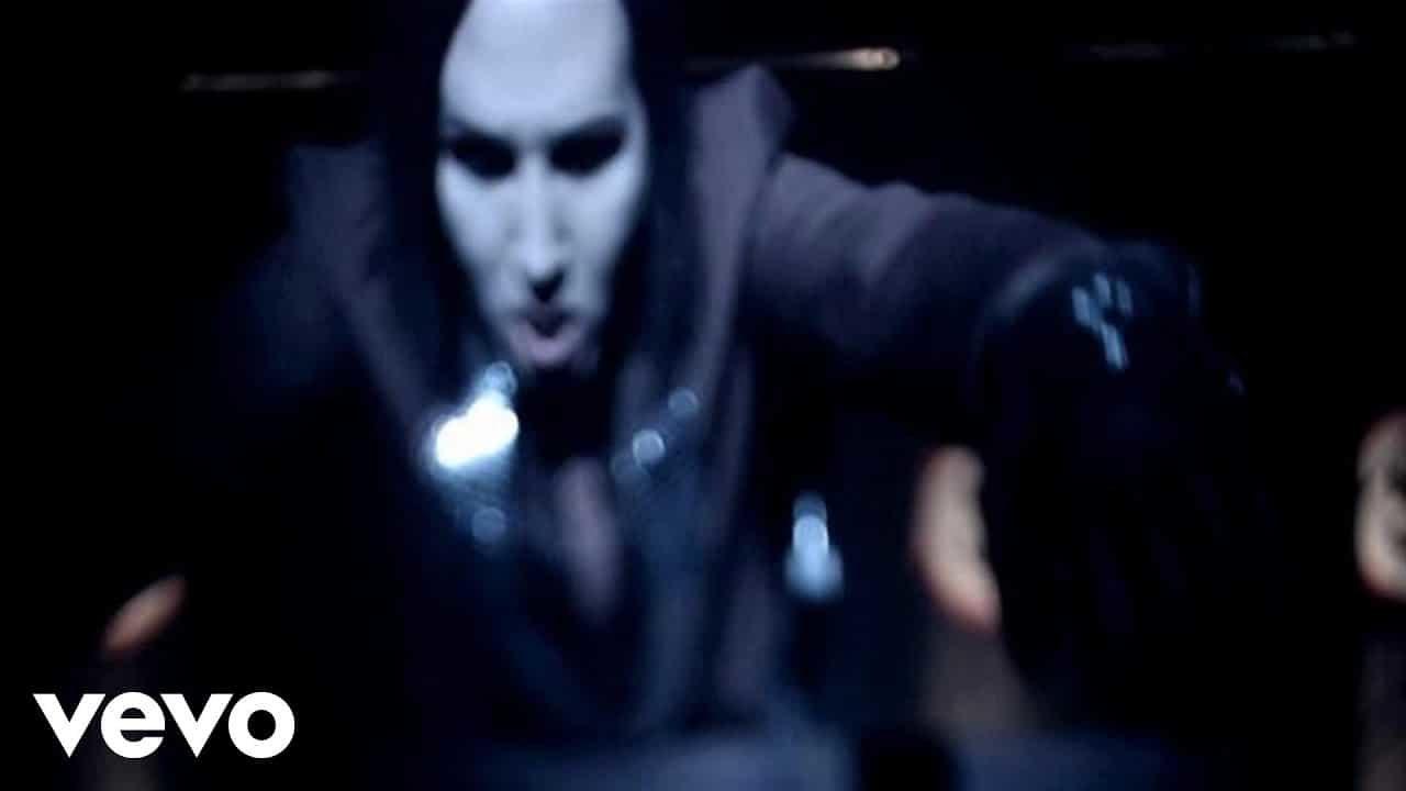 Marilyn Manson – Arma-Goddamn-Motherfuckin-Geddon