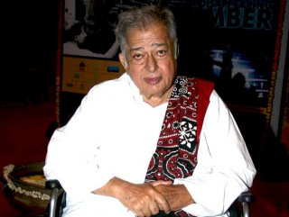 Bollywood'un efsanesi Shashi Kapoor hayatını kaybetti