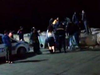 Kadıköy'de denize atlayan kadını vatandaşlar kurtardı