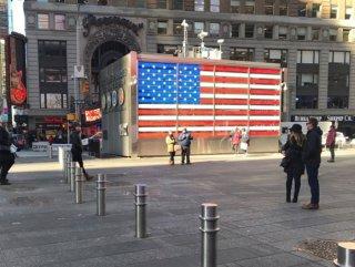 New York'ta terör saldırılarına karşı metal bariyer
