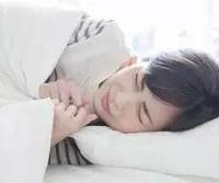 冬のベッドが冷たくて凍えそう! 寒い夜に暖かく眠るためのテクニック