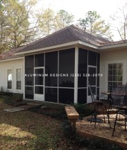 screened in porch with use of insect screen