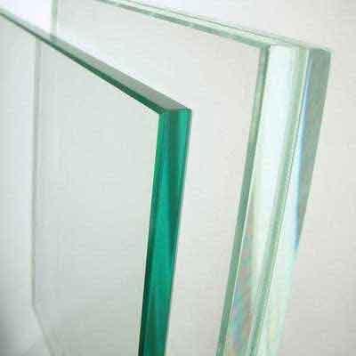 الزجاج الشفاف