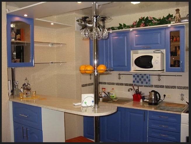 مطبخ بالون موف غامق بافضل الالوان التي تدخل مع اللون الابيض مطبخ بلون جديد يبعث الجمال في عيون الناظرين
