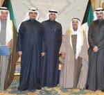 سمو الأمير يستقبل المستشار يوسف الإبراهيم وأعضاء الحملة الكويتية الشبابية الرياضية