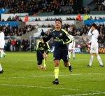 أرسنال يقسو على سوانزي سيتي برباعية ويتقدم للمركز الثالث في الدوري الإنجليزي