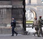 إصابة جندي في هجوم على دورية بمتحف اللوفر وسط باريس