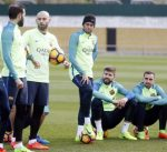 انريكي : برشلونة يحتاج للحفاظ على مستواه للفوز بالليغا