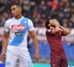 نابولي يثأر من روما ويشدد الخناق عليه في الدوري الإيطالي
