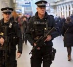 الشرطة البريطانية تعتقل شخصاً خامساً على خلفية تفجير مانشستر